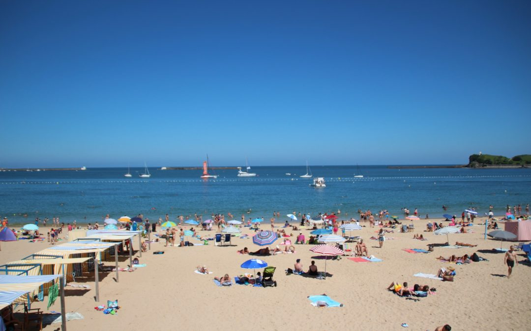 Partir dans le sud de la France pour les vacances d'été.